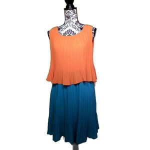 Pleated Color Block Dress by Joy Joy Size L